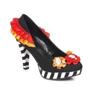 Ellie Dia Heel Flower with Skull Pump Heels